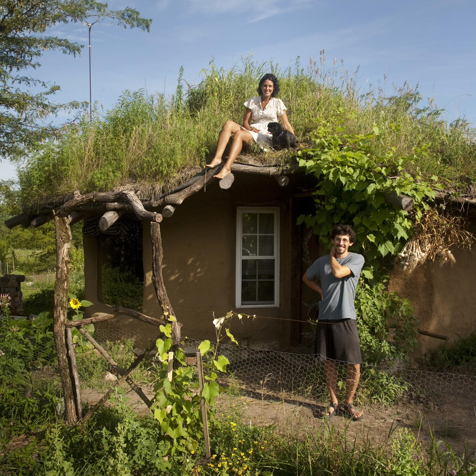 Gobcobatron dancing rabbit ecovillage for Inexpensive ways to build a home