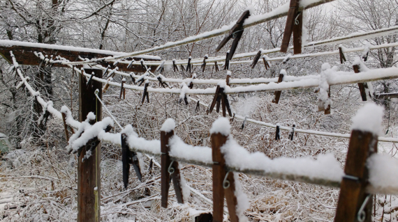 Snow on a clothesline, a quiet DR winter scene. Photo by Cob.