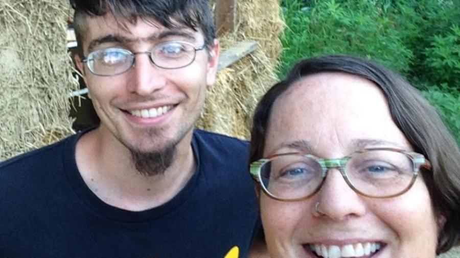 Liz, with her son Graham, on the SubHub build site.